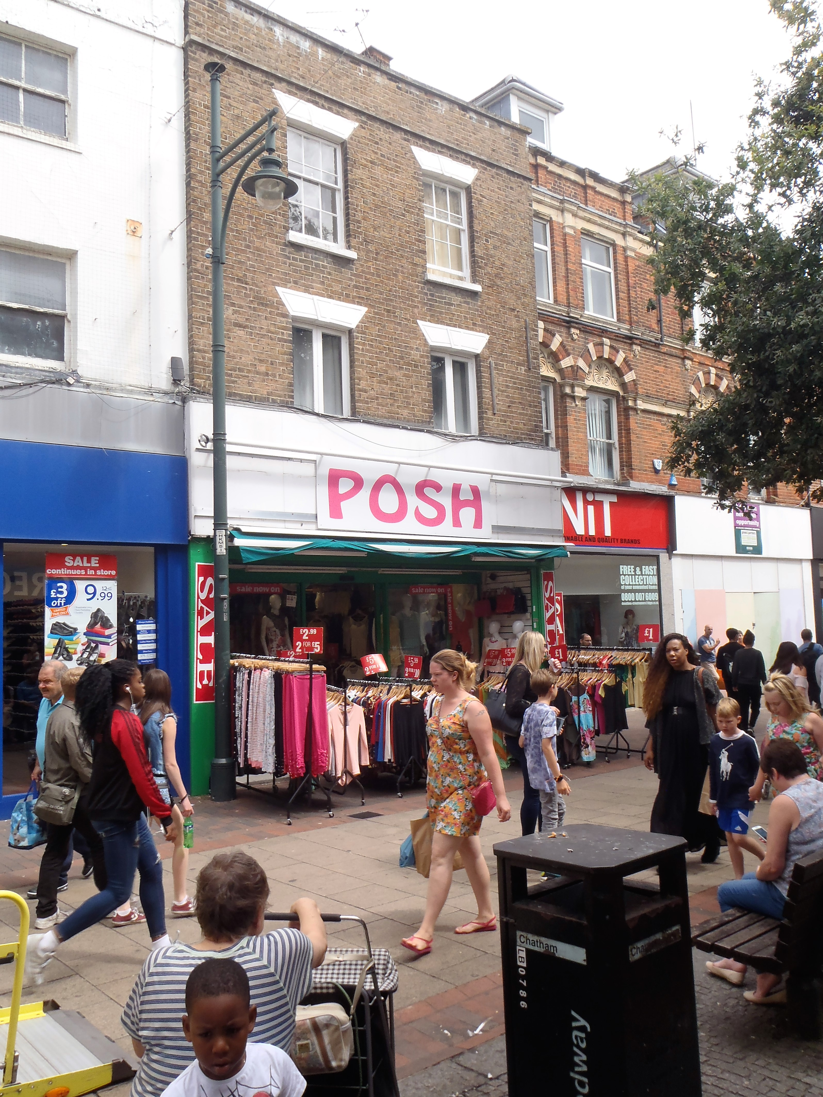 <b> UNDER OFFER - High Street, Chatham<b>