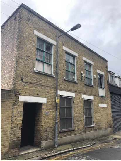 <b> STUDIO TO LET - Assembly Passage, London E1 <b>