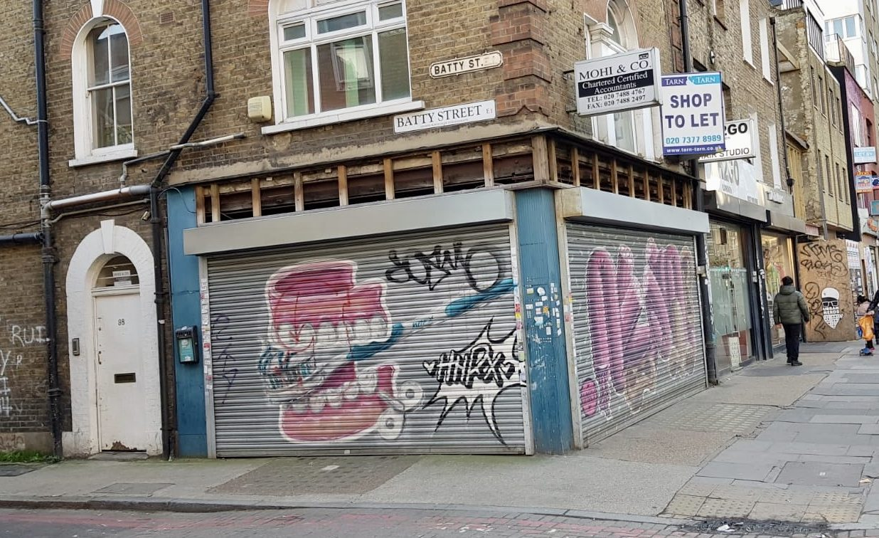 <b> NEW INSTRUCTION - 98 Commercial Road, E1 <b>