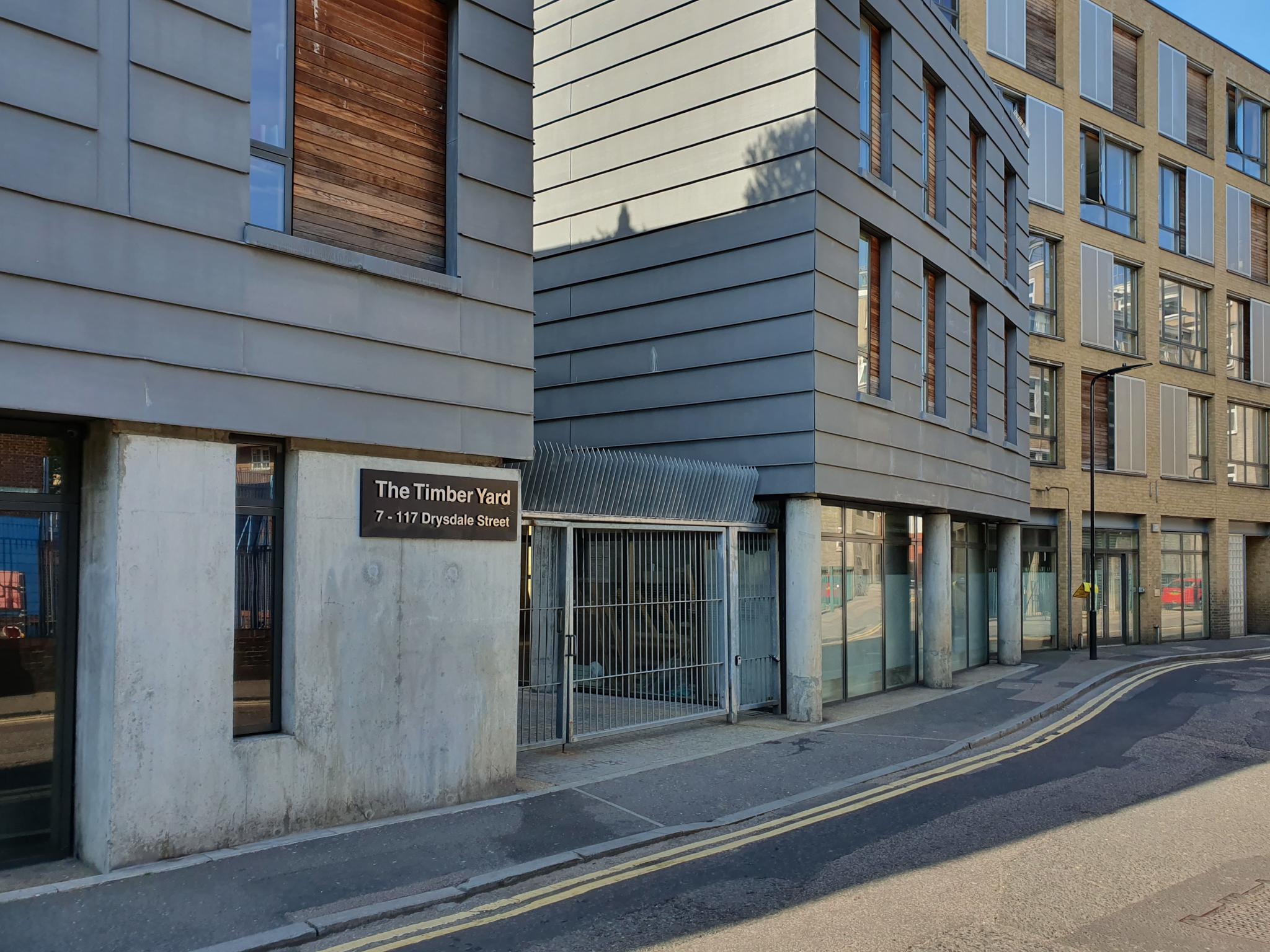 <b> NEW INSTRUCTION - The Timber Yard, London N1 <b>
